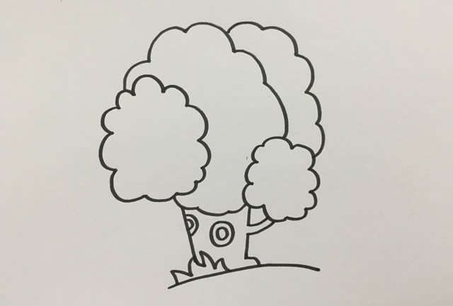 怎么画一棵漂亮的大树